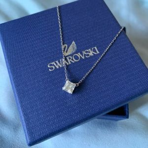 Authentic: Swarovski Necklace